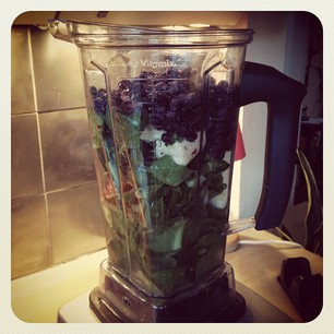 kale and kale smoothie